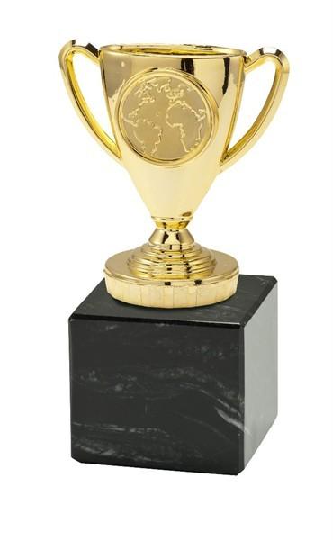 Kunststoff - Figur in Gold montiert auf Marmorsockel
